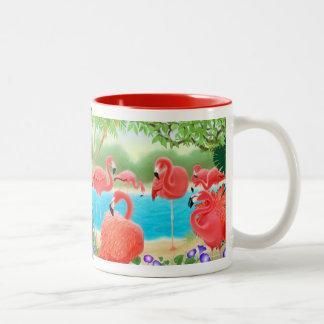 La taza rosada del Caribe del flamenco