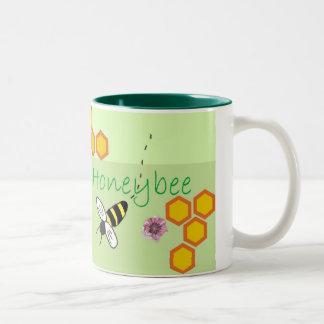 La taza verde de la abeja