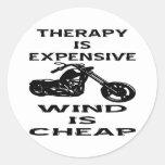 La terapia es motorista costoso que el viento es b pegatina redonda