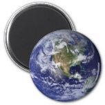 La tierra del espacio imán de frigorífico