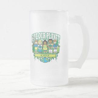 La tierra embroma Alaska Jarra De Cerveza Esmerilada