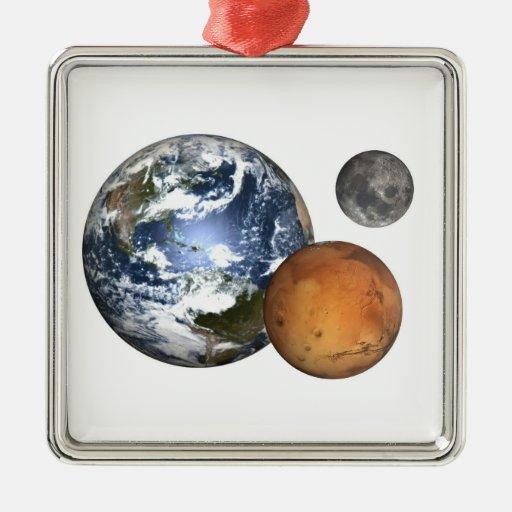 La tierra, estropea, está en la luna, ornamento adorno navideño cuadrado de metal