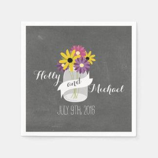 La tiza inspiró servilletas florales del boda del servilleta desechable