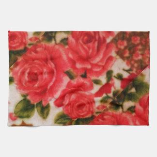 """La toalla de cocina 16"""" x 24"""" con los rosas diseña"""