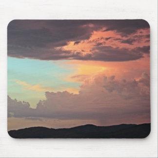 La tormenta en colores pastel mousepad