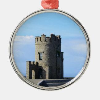 La torre de O'Brien en los acantilados de Moher Adorno Navideño Redondo De Metal