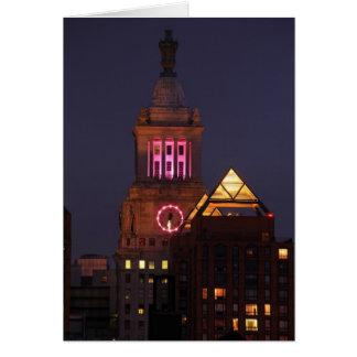 La torre de reloj de Edison de la estafa se Tarjeta