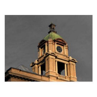 La torre del Palacio de Justicia Postal