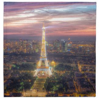 La torre Eiffel en la noche, París Francia Servilleta