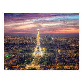 La torre Eiffel en la noche, París Francia Tarjeta Postal