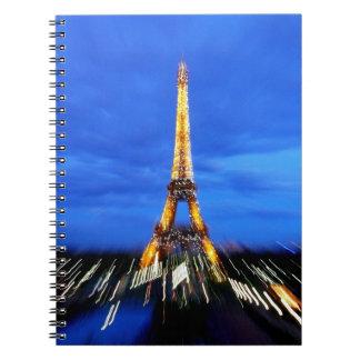 La torre Eiffel París Francia Notebook