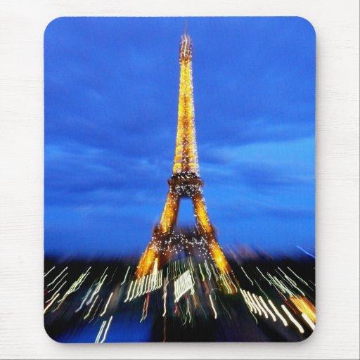 La torre Eiffel París Francia Tapete De Ratón