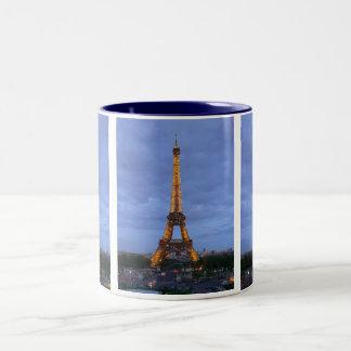 La torre Eiffel París Francia Taza De Café De Dos Colores