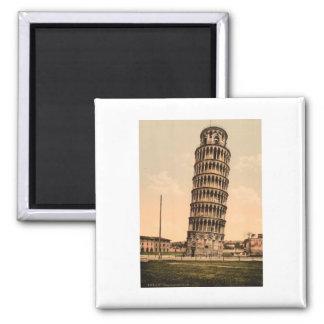 La torre inclinada de Pisa, Toscana, Italia Imán