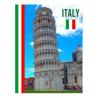 La torre inclinada de Pisa y de la bandera Tarjetas Postales