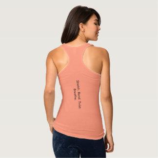 La torsión de la curva del estiramiento respira playera con tirantes