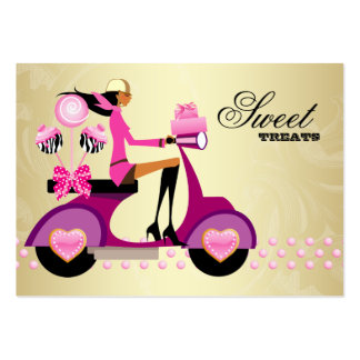 La torta del oro del rosa del chica de la vespa de tarjetas de visita grandes
