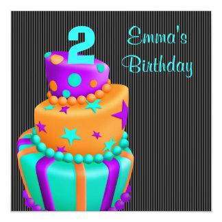 La torta negra púrpura presenta el 2do cumpleaños comunicado personalizado