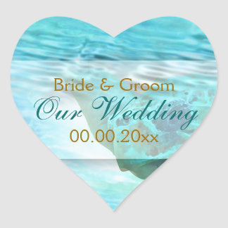 La tortuga del boda del tema de la playa calcomanía corazón