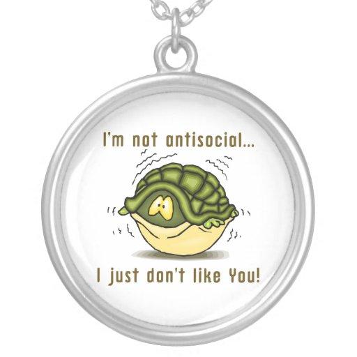 la tortuga no antisocial apenas no tiene gusto de  joyerías