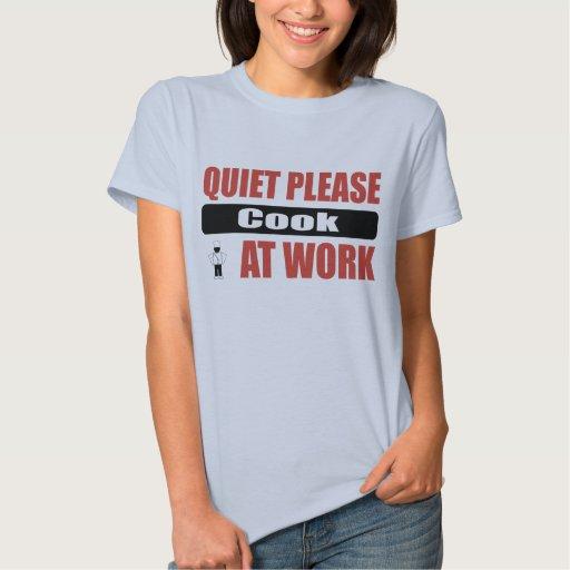 La tranquilidad cocina por favor en el trabajo tshirt
