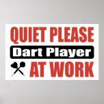 La tranquilidad lanza por favor al jugador en el t posters