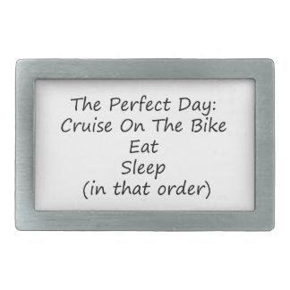 La travesía del día perfecto en la bici come sueño hebillas de cinturón