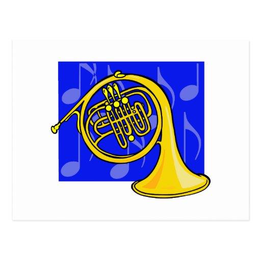 La trompa, amarillo, con las notas azules apoya tarjeta postal