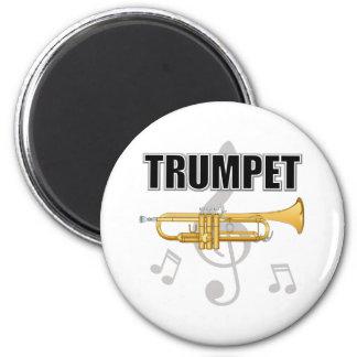 La trompeta observa el imán