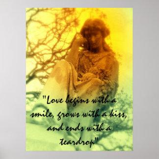 """la tumba, """"amor comienza con una sonrisa, crece co póster"""