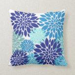 La turquesa azul bonita del trullo florece arte fl cojin