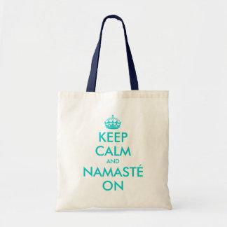 La turquesa guarda calma y Namasté en la bolsa de