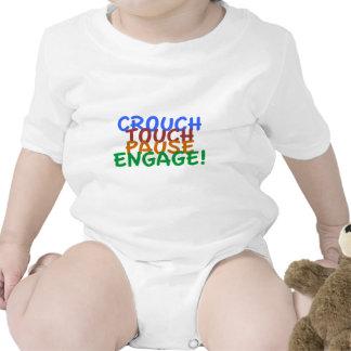 La unión del rugbi se agacha pausa del tacto trajes de bebé