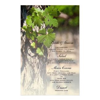 La uva sale del menú del boda del viñedo papelería de diseño