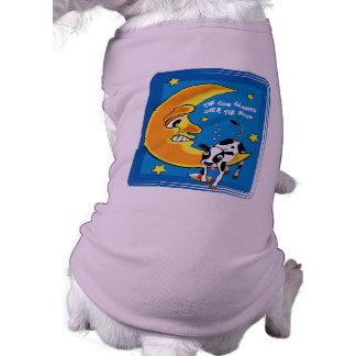 La vaca cayó sobre la luna camiseta de perrito
