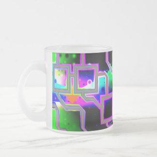La ventana en el universo magenta y ciánico se ent tazas de café