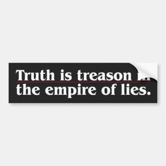 La verdad es traición etiqueta de parachoque