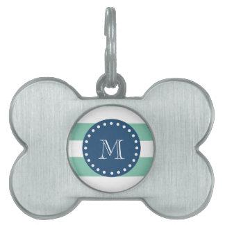 La verde menta raya el modelo, monograma de los az placa de nombre de mascota