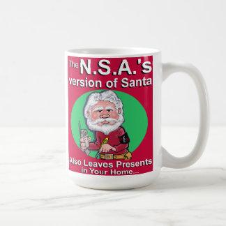 La versión de N.S.A. de Santa Tazas De Café