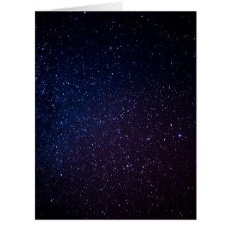 La vía láctea protagoniza el cielo nocturno tarjeta de felicitación grande