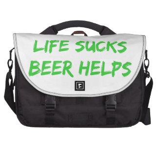 La vida chupa ayudas de la cerveza bolsas para portatil