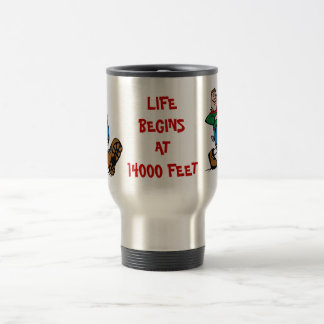 La VIDA COMIENZA EN 14000 PIES, taza del aluminio