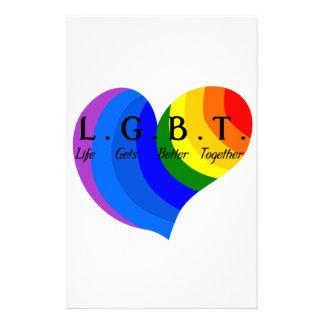 La vida consigue un mejor junto orgullo de LGBT Papeleria De Diseño