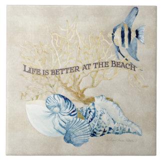 La vida del océano del añil es mejor en las azulejos