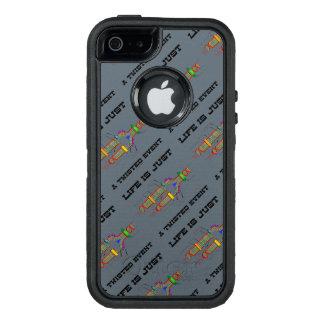 La vida es apenas un humor torcido del friki de la funda otterbox para iPhone 5/5s/SE