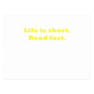 La vida es corta leída rápidamente tarjetas postales