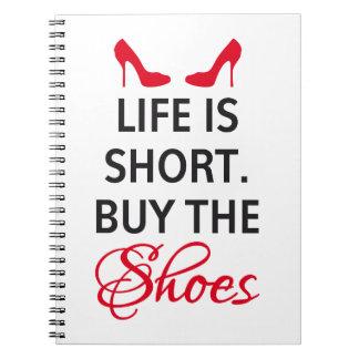 La vida es cortocircuito, compra los zapatos libros de apuntes con espiral