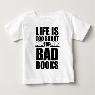 La vida es demasiado corta para los malos libros playeras