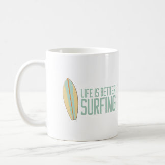 ¡La vida es el mejor practicar surf! Taza