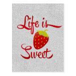 La vida es fresa dulce postal